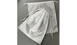 Saco de Lavandaria em TNT (PP) c/ cordão 43 X 52 cm (100 unid)